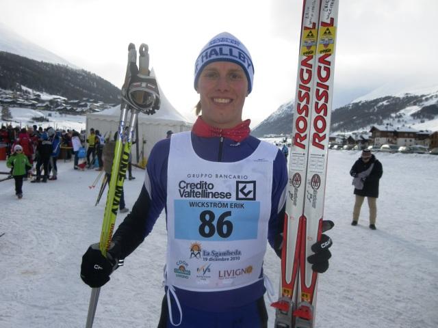 Erik Wickström har åkt 42 km skejt på 1 h 40 min