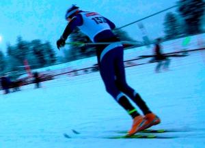 Erik Wickström sprintar och borde få fram höften mer. Foto: David Erixon.