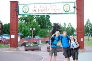 Erik, Per och Sofia klara med Vasaloppsleden efter 22 tim och 25 min vandring på två dagar.