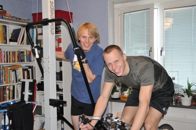 Inomhusträning för långlopp är underskattat. Roligare, jobbigare och effektivare träning är svår att hitta. Tyckte Martin Josefsson och jag.