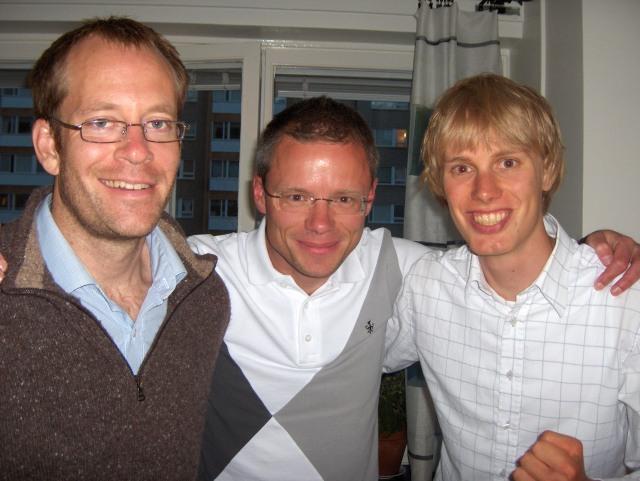 Per Forsberg, Jonas Tell och jag efter succé i ProTour lagtempo sommaren 2007.