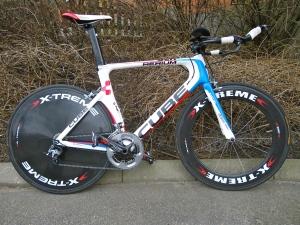 CUBE tempocykel med hjul från Extreme. Hal som fan.