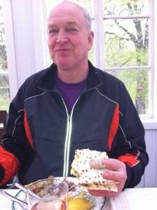 Svärfar Inge Pettersson ska få plantsättningshjälp idag