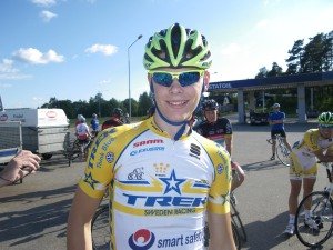 Mattias Brolin jobbar på Henrikssons och cyklar fort
