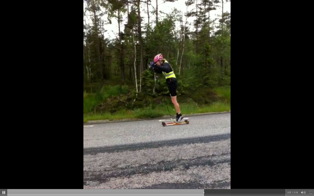 Erik Wickström stakar så här på lördagar. Klicka på bilden för länk till videon.