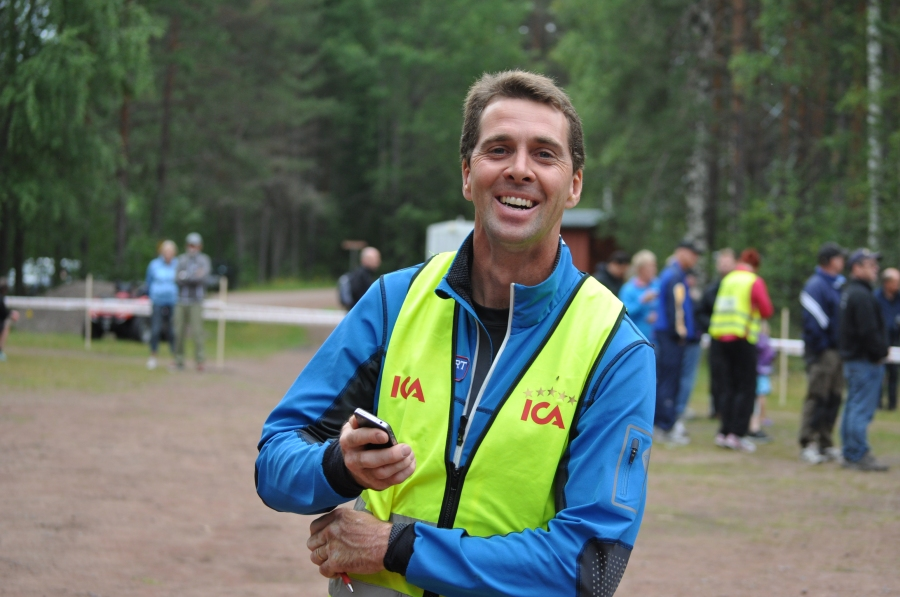 Staffan Larsson, glad tävlingsledare