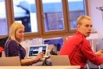 Mari Haugli på Swix Ski Classics och jag inför presskonferensen