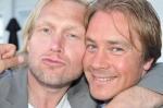 Tomas och Tobbe, som vunnit simsträckan i Kalmar