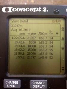 Jag körde en mysigt pass på SkiErgen i tisdags. Testlopp på halvmaran. Härlig mental utmaning att pressa sig mot klockan i 1 timme och 22 minuter.