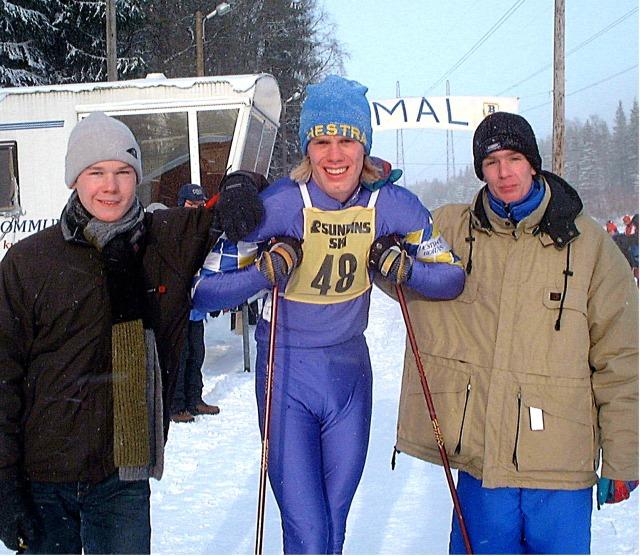 Hestra IF tar GM-guld i stafett med Martin Ewaldsson, Erik Wickström och Dan Sundström. Dals-Rostock 2001.