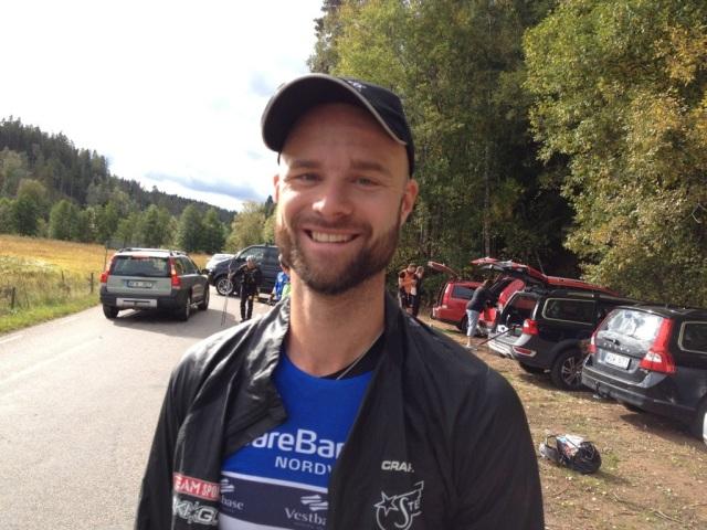 Samuel Norlén vann SM-silver och SM-guld i på rullskidor förra helgen. Igår visade han varför. Kung Samuel är kung på PU-hjul (inte lika het på gummihjul)