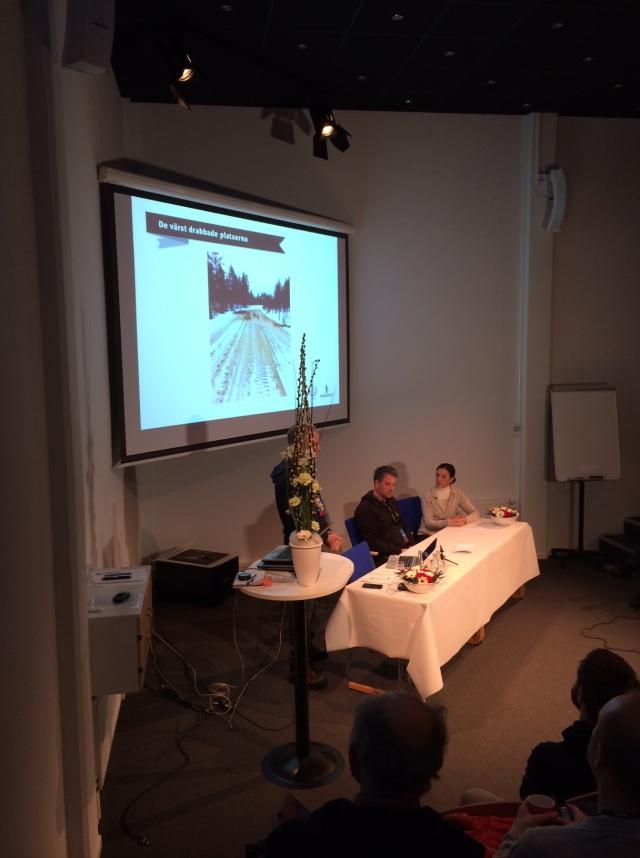 Vd Anders Selling, sportchef Johan Eriksson och metrolog Pia Hultgren