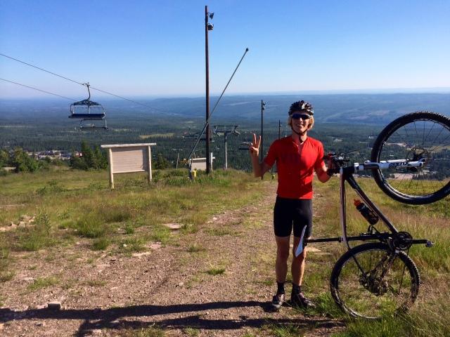 Toppen av Gustav Express stollift, målgång cyklingen King of the Hill Sälen