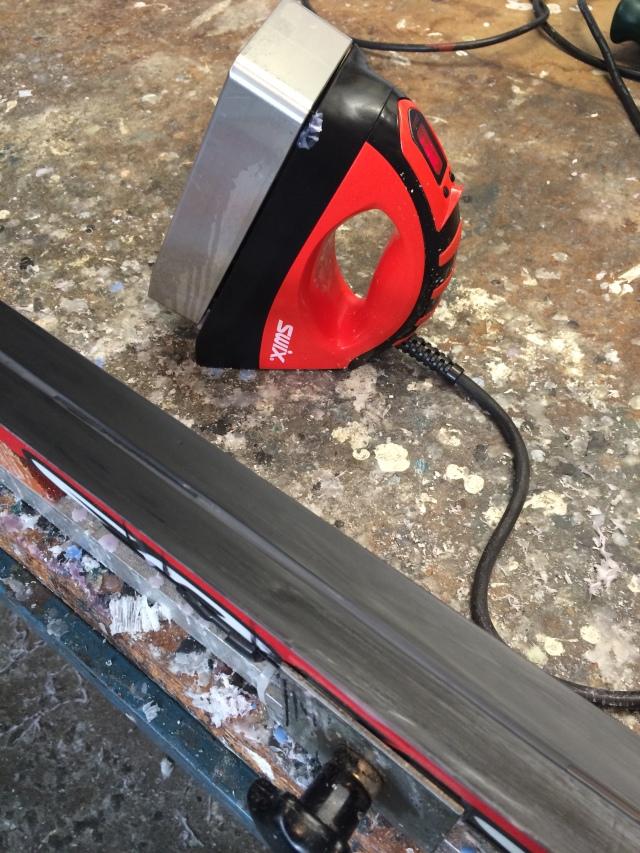 Swix T70 vallajärn med tjock platta i vallatemplet
