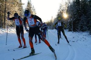 Jag till höger i en kurva på vägspåret. Henrik Löfås skickade bilden, tack! Jag slog nästan Henrik Löfås 2013 då han väggade på Stockholm Trail, det hade varit en fin skalp.