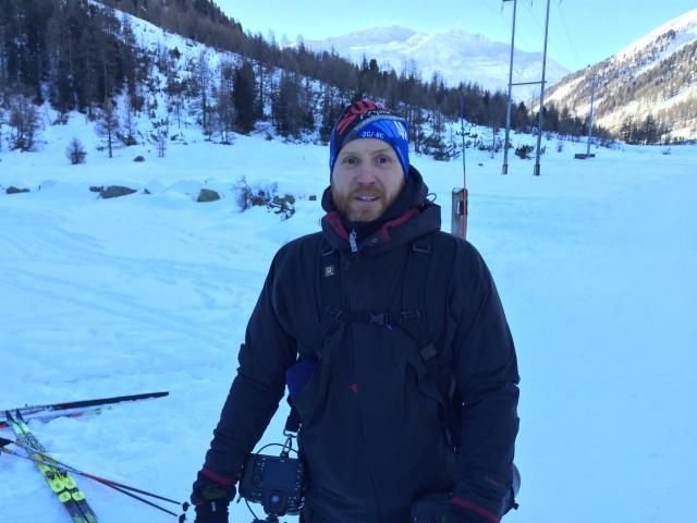 Magnus Östh, alltid lika kul att se Täbys och kanske även världens bästa längdskidfotograf.