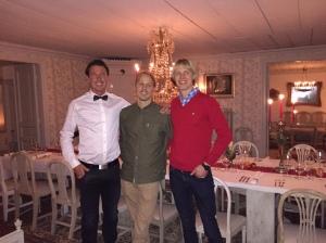 Jonas Colting, Olle Häggdahl och jag vid julbordet i fredags