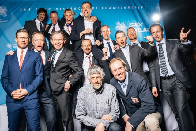 CCC1000 och Thomas Wassberg på banketten. Jag i bakre raden. Anledningen till att jag har fluga och inte slips är för att slips bara är en fluga.