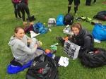 Madelene Perhagen (tidigare Hedin, till höger) har varit med på många av mina skidkurser och det är alltid lika roligt att träffa henne. Hon körde sprintbanan med sin kompis Karin Jogeland.