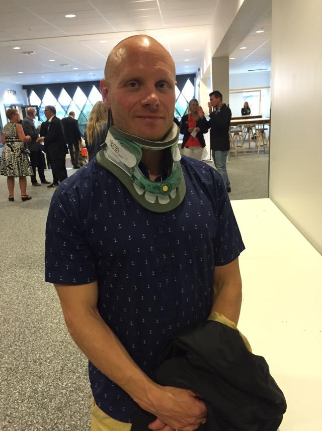 Thor Kruse hade tur vid cykelkraschen. En fraktur på nackkotan och fyra veckor med krage är bättre än förlamning. Han var vid gott mod och mycket motiverad.