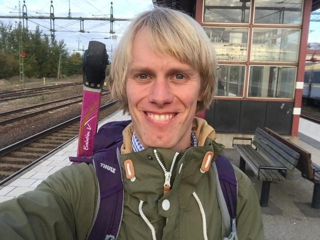 """I månaderna september och oktober i år slår jag nog personligt rekord i besök i """"mellanlandningar"""" på Herrljunga tågstation"""