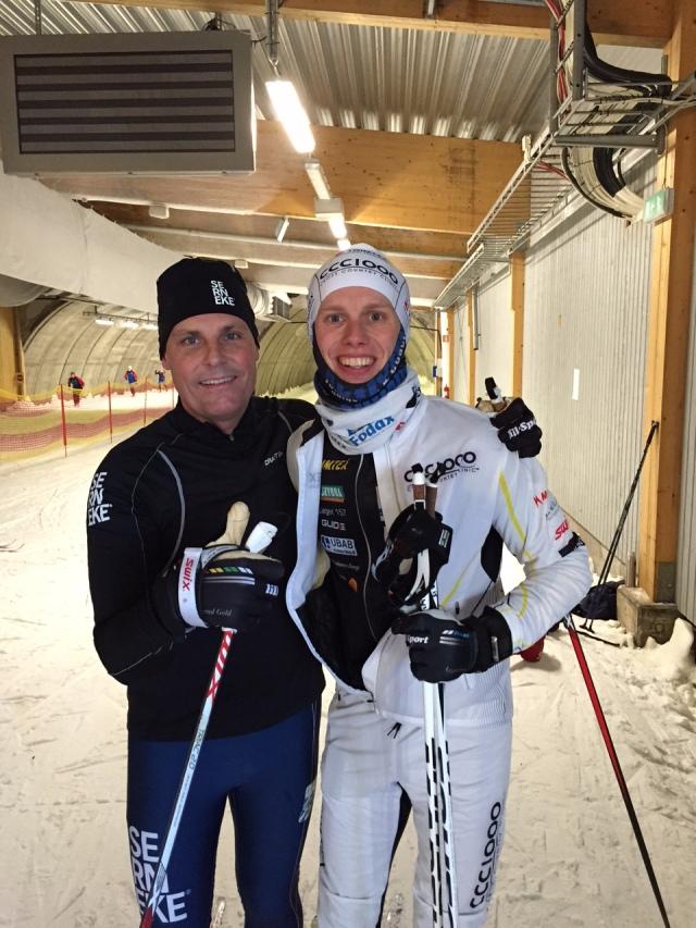 Ola Serneke ligger bakom skidhallen i Göteborg, nu har han på besök i skidhallen i Torsby