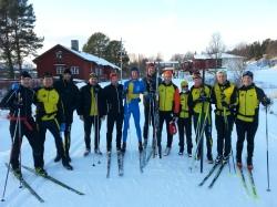 Delar av Stockholms rullskidsklubb i Vålådalen. Igår hade jag sista tekniklektionen med en grupp på nio personer.