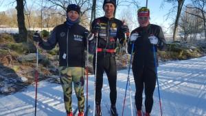 I veckan hade jag finsällskap på ett av passen. Här Thor Kruse, jag och Marika Sundin, som är ihop med Rickard Bergengren och bor delvis i Borås. Känns stort att Marika förbereder sig inför tremilen i Holmkollen (på söndag) på Borås skidstadion.