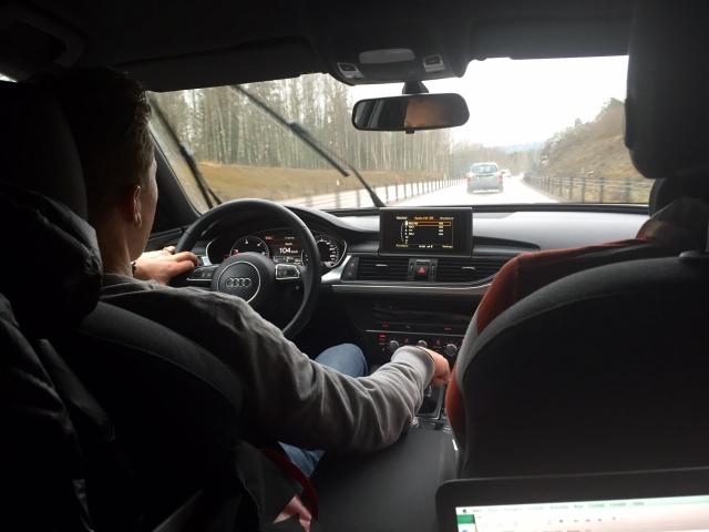 Jag sitter bak, Gustaf Ljungberg och formstarke Martin Gotting sitter fram