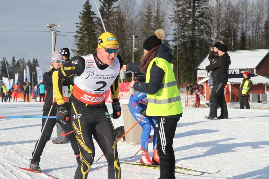 Andreas Svensson hade grym fart på både kropp och skejtskidor första halvan. Det motsatta på bägge delar andra halvan.