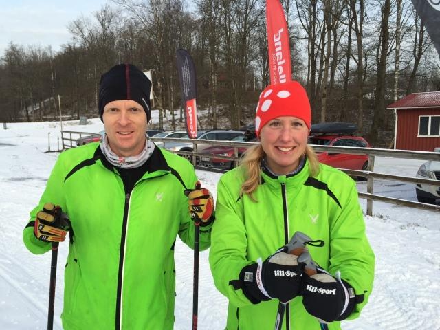 Torbjörn och Sandra Adriansson efter avslutad skidlektion
