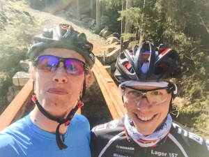 Martin Josefsson och jag på MTB i Hedvigsborgsskogarna