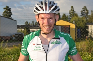 Fredric Eriksson är skarp och jag gillar honom skarpt. Jag har svårt att tro att någon är bättre än honom på cykelfysiologi i Sverige. Bilden är från 16 augusti 2012 då jag tog några bilder vid Ingarvet GP i Falun.