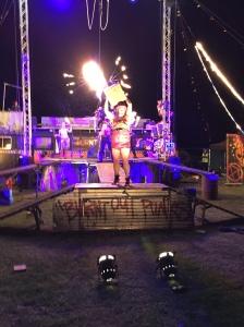 Burnt out punks uppträdde också i ett mindre format på Årefjällsloppets bankett i år