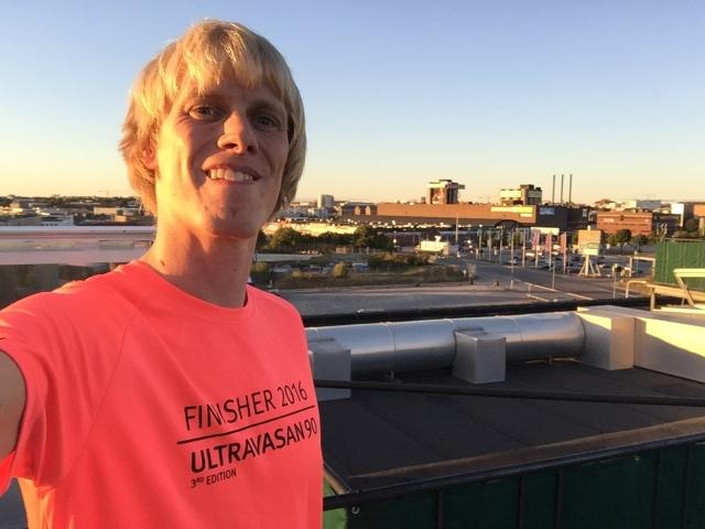På taket på Mornington Hotell i Bromma. Skönt att svalka sig vid bastu och inomhusträning