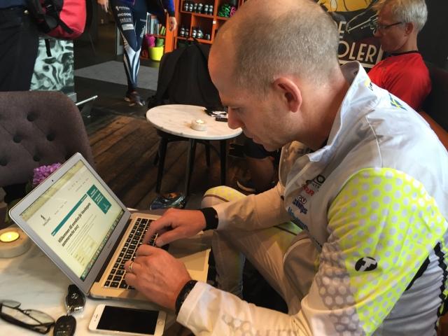 Henrik Nyström, som var den som förbättrade sig mest på testrundan, satt och klickade på reloadknappen kl 08.59 i söndags för att anmäla sig till Cykelvasan 2017.