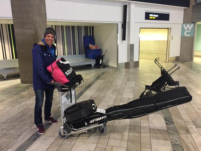 Aktivitus-Magnus Andersson Frånlund kraschade på skidorna i helgen och skadade tyvärr axeln.