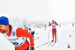 Joakim Stadig till vänster tränar alltid väldigt sent. Och stakar alltid. Nu stakade han även på tävling.