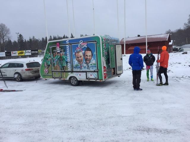 Bryntes vagn. Alltså Robin Bryntessons husvagn som han turnerar med.