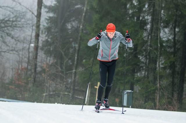 Skejt på Borås skidstadion. Foto: Anders Claesson.
