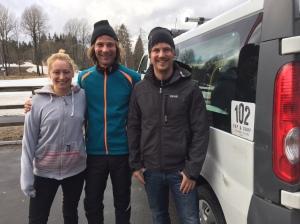 Maggie Engström, Göran Sivertsson och Stefan på 102 i Åsa, som jobbar med stående paddling och surfing.