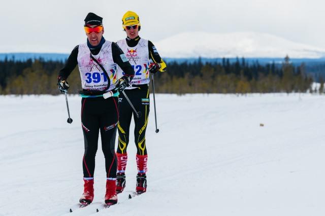 Tommy Gustafsson drar före mig i Nordenskiöldsloppet 2017. Foto: Magnus Östh.