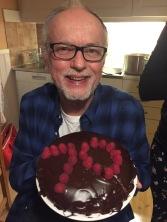 Min far Ulf Wickström fyllde 70 år 21 mars. I onsdags firade vi honom lite extra med trerätters och en Supertoscanare (italienskt rödvin) till huvudrätten. Den hade jaggott italiensk rödvin som jag fått av Göran Dahlén för att jag vallade hans skidor till Västgötaloppet förra året. Tack Göran, den gjorde succé!