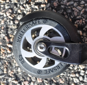 Rollersafe, rullskidor med broms. Framhjul.
