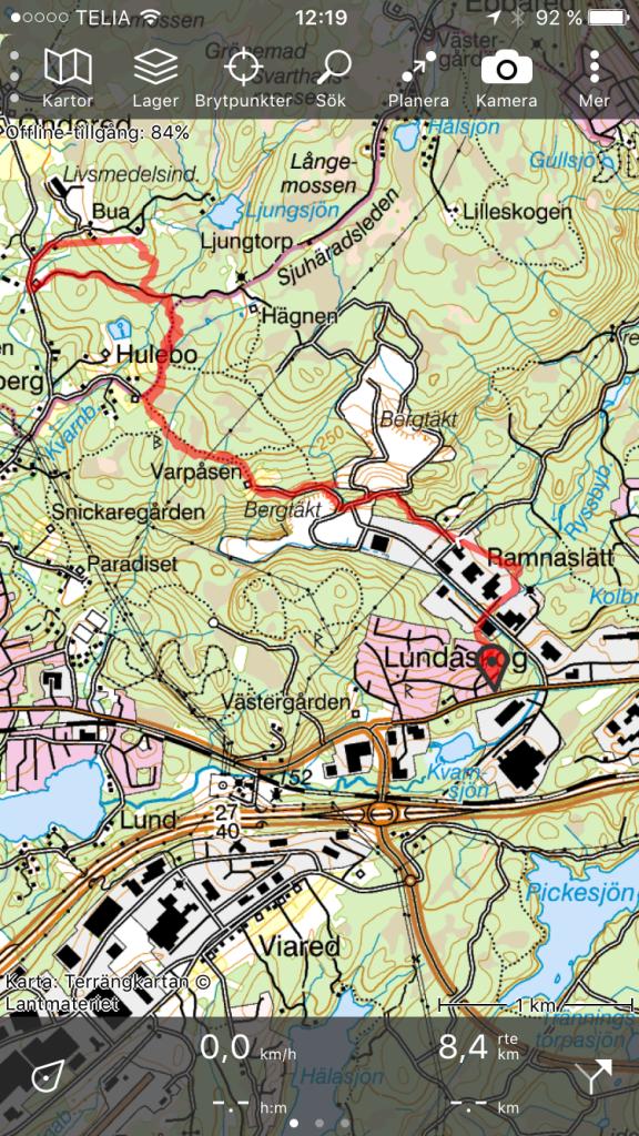 Topo GPS-appen med Gröna Kartan är bra, men GPS i telefonen verkar vara extra miserabel med den appen. Här ser jag bl a att vi sprungit över en industritomt i Ramnaslätt som i inte gjorde, samt att vi inte följde vägen vid Bua, vilket vi gjorde.