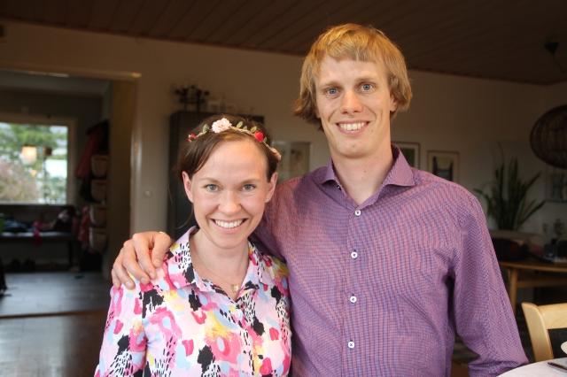 Ida och jag på kalaset för Astrid och Maj i lördags. Kanske skulle man bemödat sig att stryka skjortan trots allt.