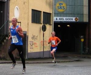 Kretsloppet 2010. Här ligger jag efter Karl-Johan Westberg, men jag lyckades långspurta ifrån honom. Jag blev 6:a och han 5:a.