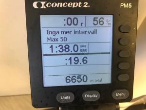 Är det detta som kallas att varva en SkiErg? Den verkar inte fixa mer än 50 intervaller per pass.