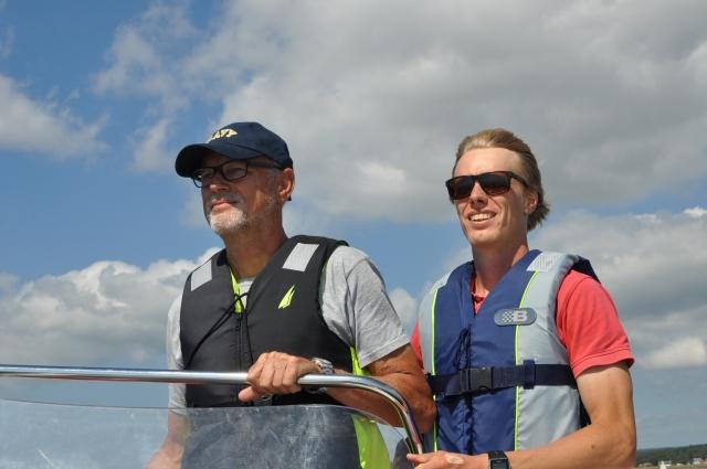 Min far Ulf Wickström och jag. Pappa har tagit fram en platttermometer i sitt jobb inom brandforskning och vill nu att det ska bli ett redskap för vallare