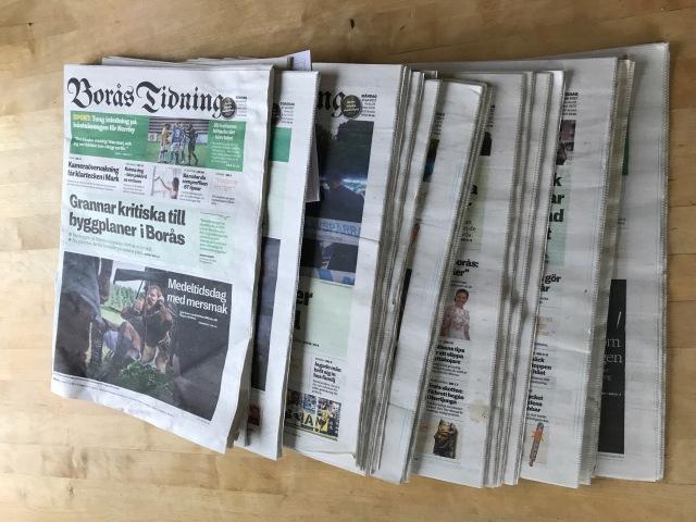 Tre veckors Borås Tidning att läsa ikapp. Jag läste en vecka igår kväll. Största nyheten i världen verkar vara att Samuel Holmén har återvänt till Elfsborg.